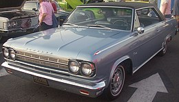 Una Rambler Rebel coupé del 1966