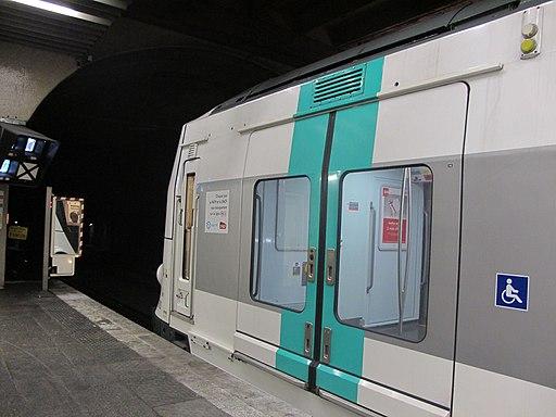 Rame MI09 du RER A - DEF - IMG 1559