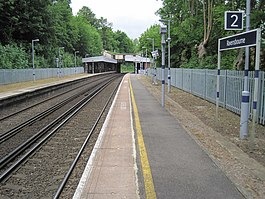 Ravensbourne railway station, Greater London (geograph 3433463).jpg