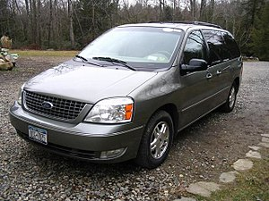Rental 2006 Ford Freestar SEL.jpg
