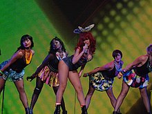 Rihanna and shakira hot