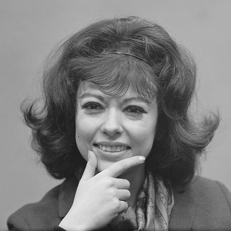 Rita Moreno (1963)