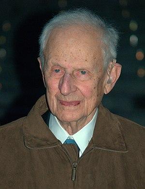 Robert M. Morgenthau - Image: Robert Morgenthau at the 2009 Tribeca Film Festival