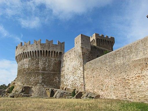 Rocca di populonia 02