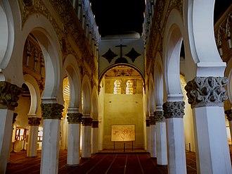 Santa María la Blanca - Image: Roy Lindman Santa Mariala Blanca Synagogue 002