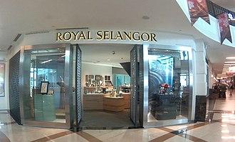 Straits Quay - Royal Selangor Outlet