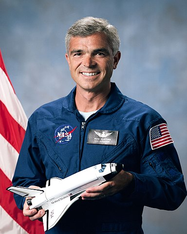 Astronaut Rich Clifford, NASA photo Source: Wikipedia (www.jsc.nasa.gov unavailable October 2019) 384px-S90-46441_orig.jpg