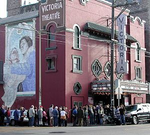 Victoria Theatre, San Francisco - San Francisco Victoria Theatre showing Outfoxed (July 16, 2004)