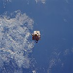 STS-57 EURECA above the Earth prior to capture.jpg