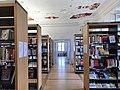 Saal mit Stuck der Stadtbibliothek Erlangen im Palais Stutterheim.jpg
