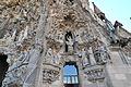 Sagrada Familia Façade (3409526758).jpg