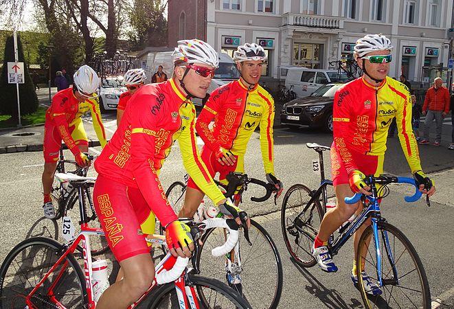 Saint-Amand-les-Eaux - Paris-Roubaix juniors, 12 avril 2015, départ (A36).JPG