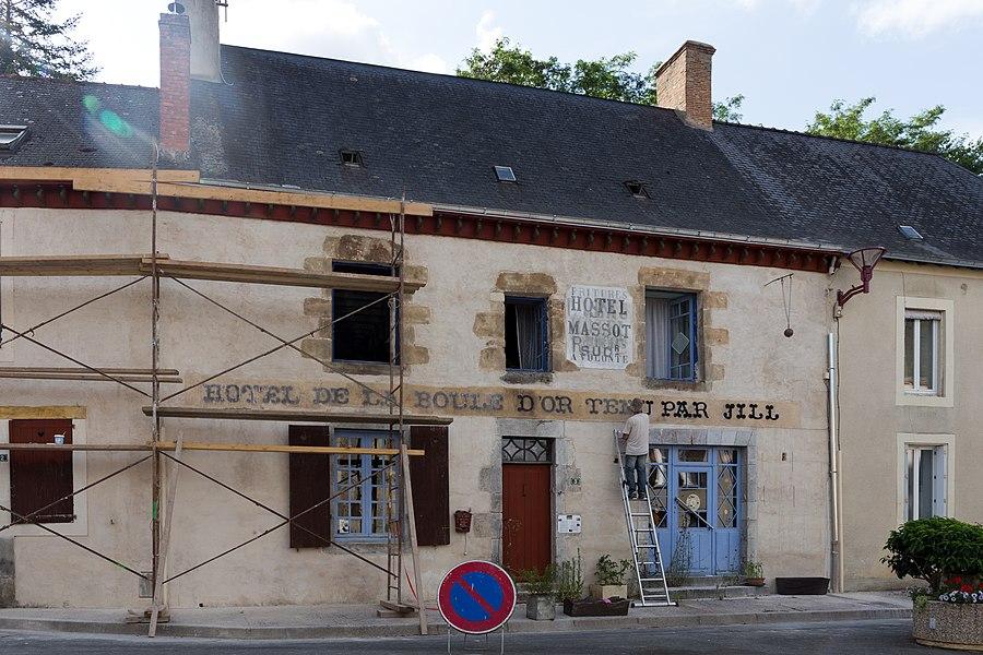 Former Hôtel de la Boule d'Or in Saint-Jean-sur-Erve, home of the canadian artist Jill Culiner.