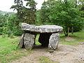 Saint-Nectaire dolmen Parc (3).JPG