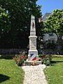 Saint-Vitte Monument aux morts.jpg