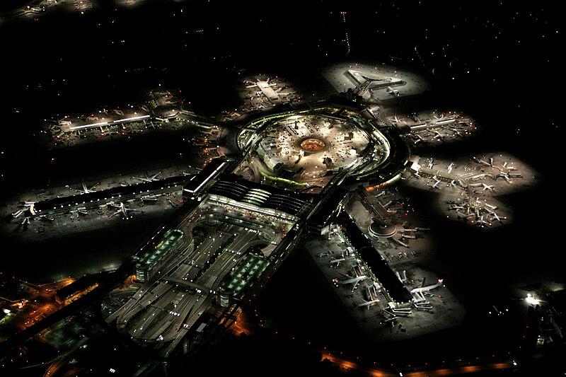 File:San Francisco International Airport at night.jpg