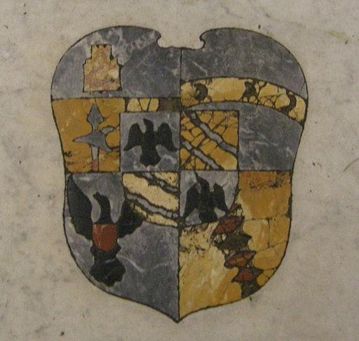 San Giovanni Fuorcivitas, interno, lapide sul pavimento