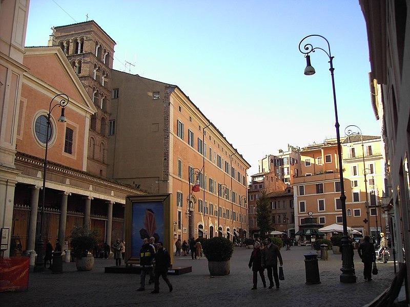 File:San lorenzo e piazza in lucina 051208-02.JPG