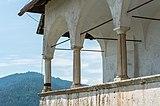 Sankt Georgen am Längsee Burg Hochosterwitz Arkadengang und Söller 01062015 1157.jpg