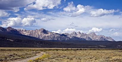 The Sawtooth Mountains viewed from the southern Sawtooth Valley