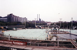 Open-air swimming pool in Moscow, 1958-1994