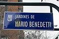 Señal jardines Mario Benedetti, Madrid.jpg