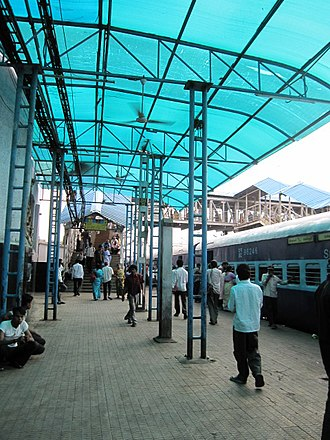 Secunderabad Junction railway station - Platform 1, with a pedestrian overpass in the background