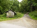 Shed at track junction in Middle Heads Wood - geograph.org.uk - 532906.jpg
