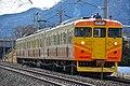 Shinano Railway 115 series Tekuno-Sakaki Station (46825803494).jpg
