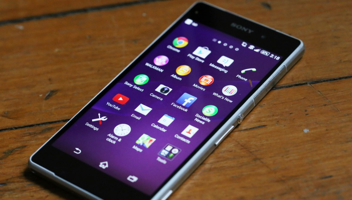 Sony Presents New Smartphone Xperia Z2
