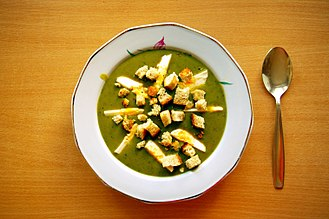 Sorrel - Sorrel soup with egg and croutons, Poland