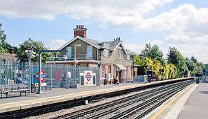 South Harrow tube station - Platform view