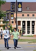 Southern Arkansas students walking on campus.jpg