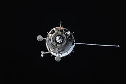 Soyuz TMA-14M approaches the ISS (d).jpg