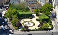Square René-Viviani-Montebello depuis la tour sud de Notre-Dame de Paris.jpg