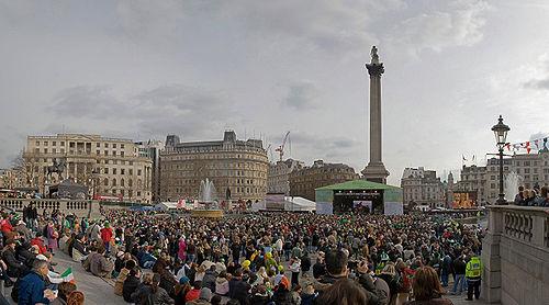 Trafalgar Square pour la fête de la Saint-Patrick en 2006
