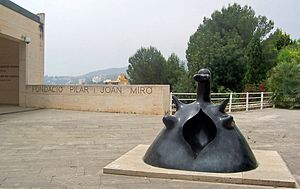 Fundació Pilar i Joan Miró in Mallorca - Miró sculpture near the entrance of the museum