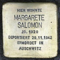 Photo of Margarete Salomon brass plaque