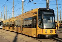 Straßenbahnwagen 2608 (Partnerstadt Skopje) Dresden (2).jpg