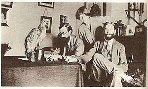 James Strachey - Lytton Strachey, painter Dora Carrington, and James Strachey.