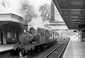 Stroud railway station - Chalford - Gloucester auto-train in 1962
