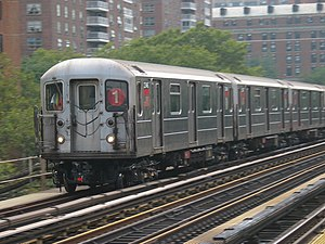 R62A (New York City Subway car) - Image: Subway train 125th