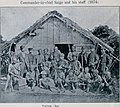 Taiwanese aborigine leader臺灣排灣族頭目卓杞篤(Tokitok or Tauketok, 左) - 西鄉從道(中) - 一色(Isa, 右)於1874.jpg