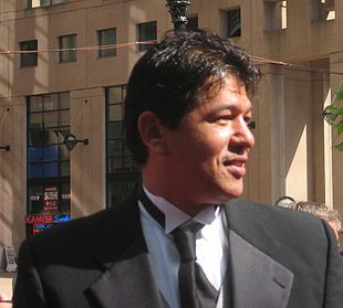 Ted Nolan on the red carpet of the 2006 NHL awards.