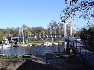 Teddington Lock Footbridges - The western suspension bridge