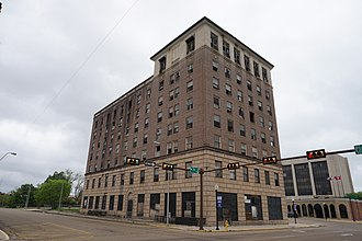 National Register of Historic Places listings in Bowie County, Texas - Image: Texarkana April 2016 017 (Hotel Grim)