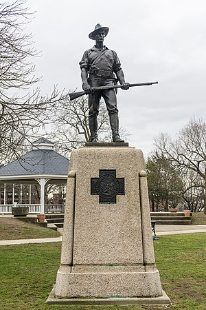 Central Square Historic District (Waltham, Massachusetts) - Image: The Hiker, Waltham Common, Massachusetts