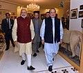 The Prime Minister, Shri Narendra Modi meeting the Prime Minister of Pakistan, Mr. Nawaz Sharif, at Raiwind, in Pakistan on December 25, 2015.jpg