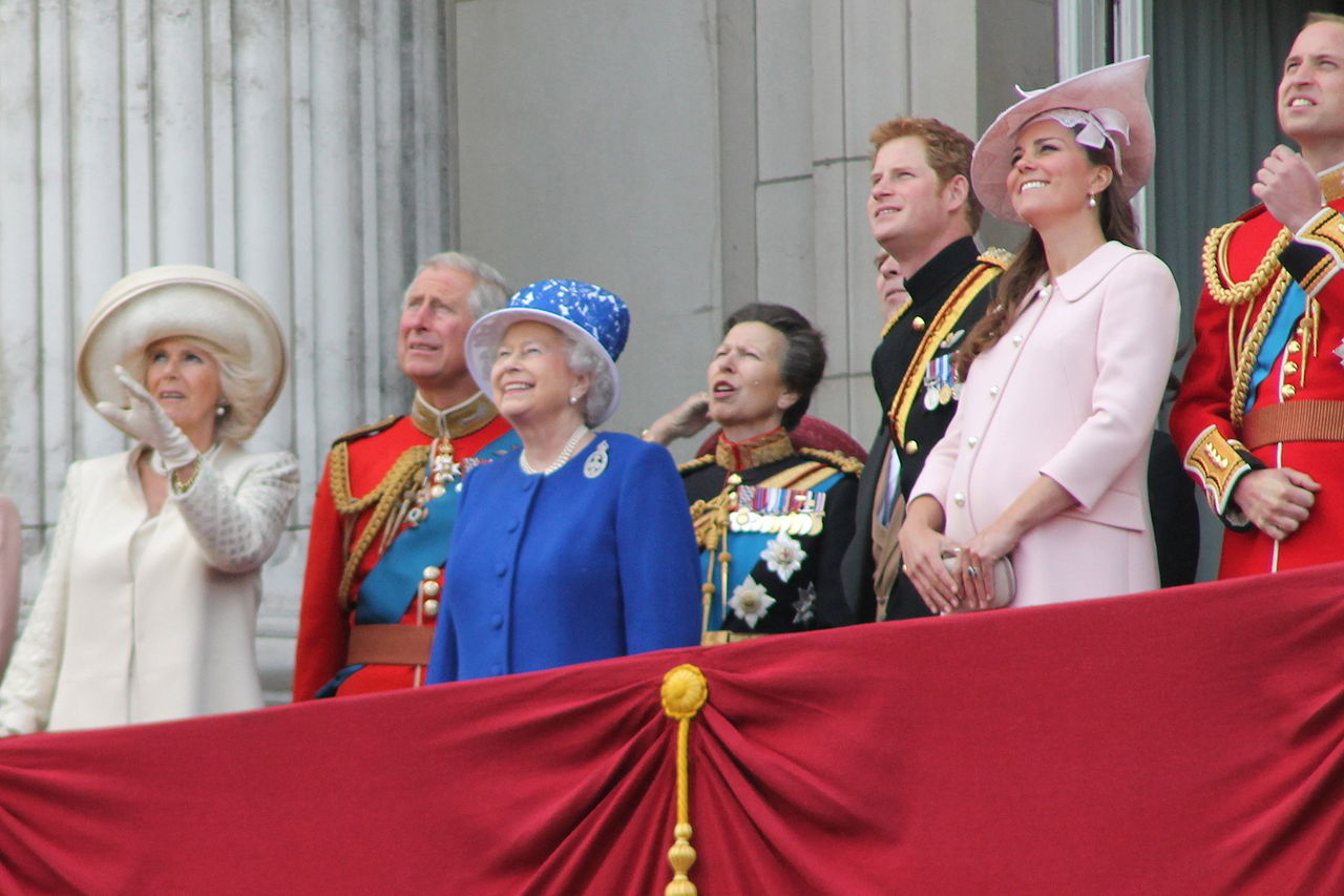 The Royal Family June 2013.JPG