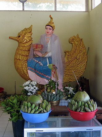 Saraswati - Statue of Thurathadi at Kyauktawgyi Buddha Temple (Yangon)